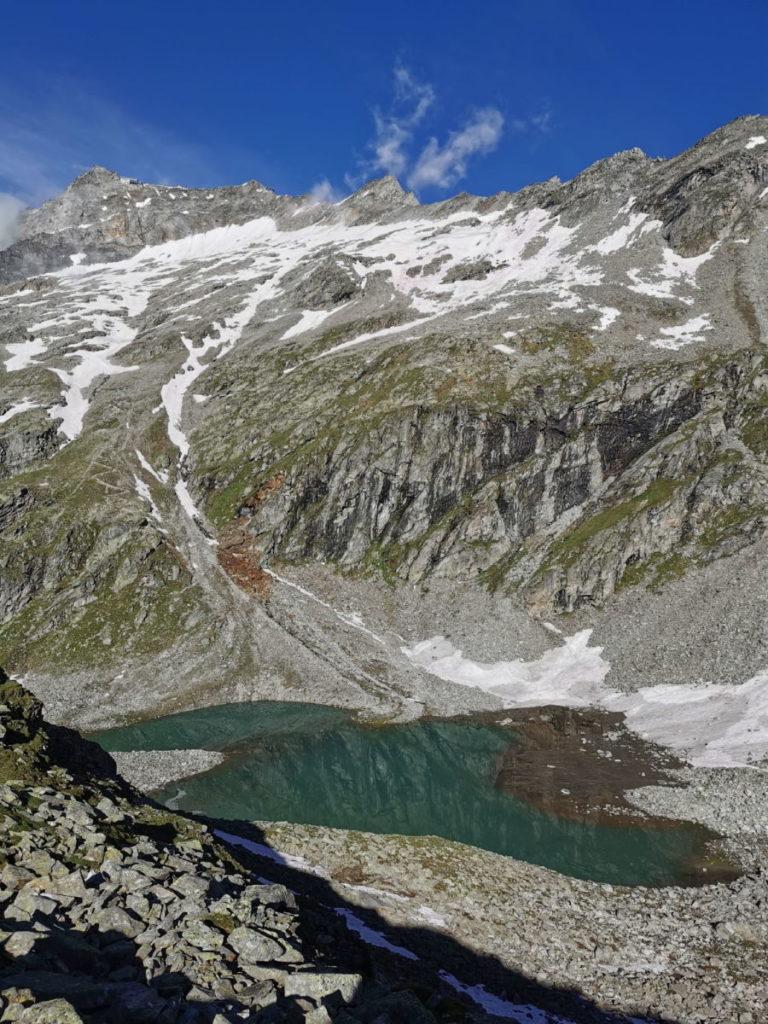 Hohe Riffler Wanderung: Der Friesenbergsee auf der Wanderung Richtung 3000er