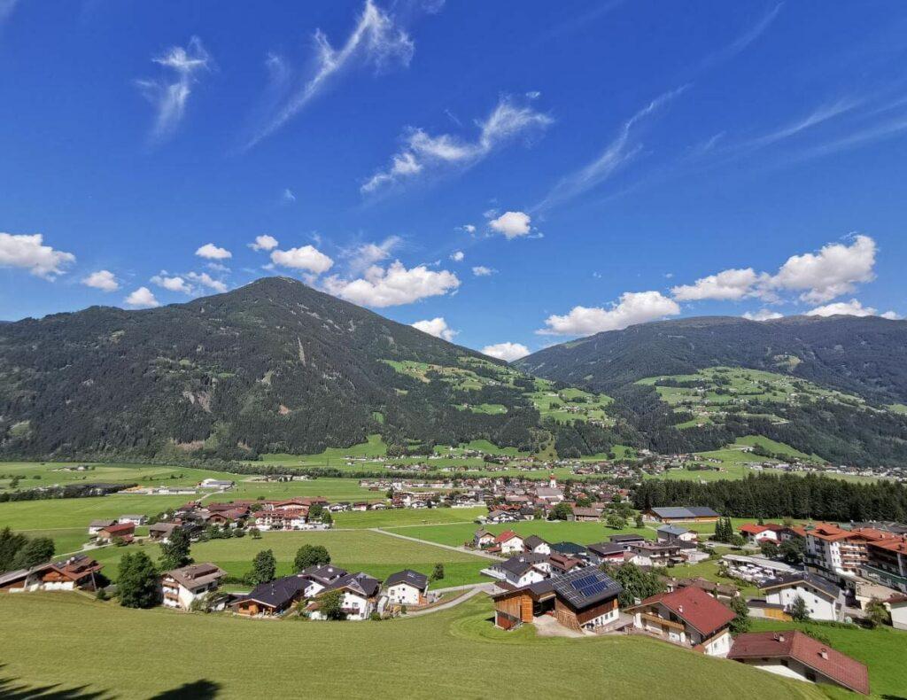 Ferienwohnung Zillertal privat mieten - und diese Landschaft genießen
