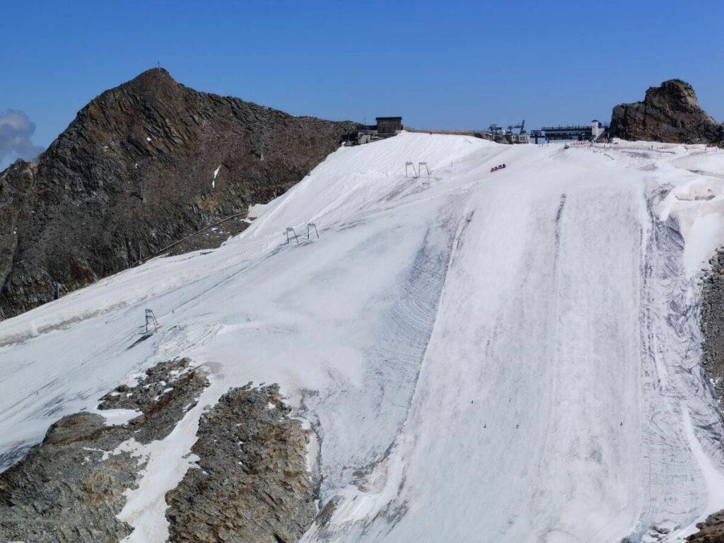 Ausblick vom Olperer zum Hintertuxer Gletscher