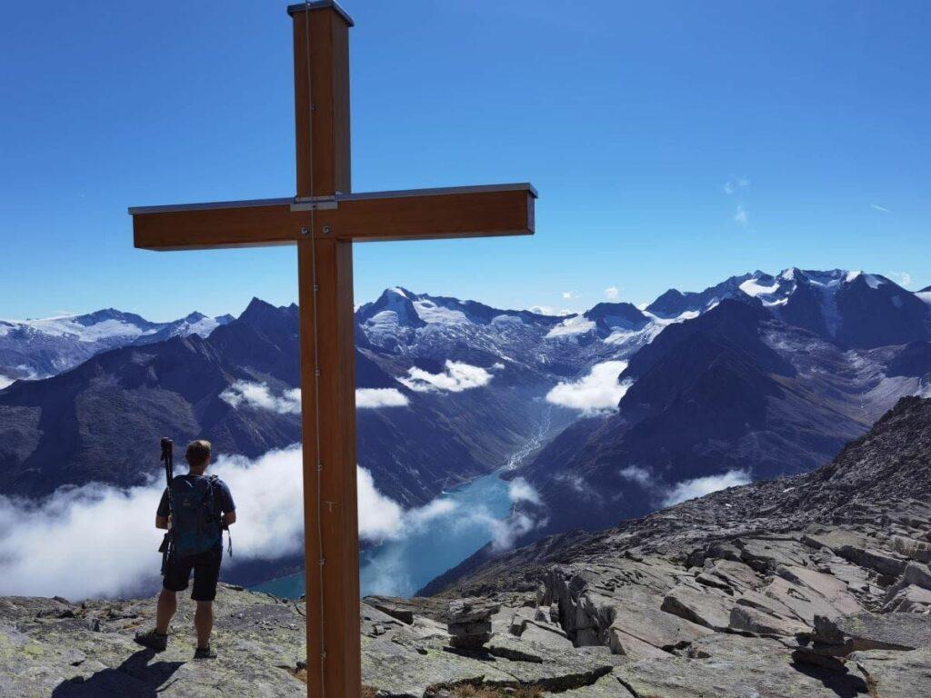 Aussicht auf dem Riepenkopf (2905) zum Schlegeisspeicher